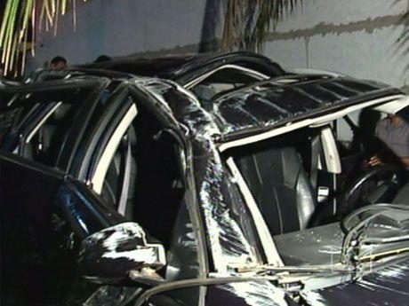 Carro que Luciano viajava ficou destruído