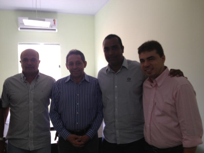 Juran, Biné com o Deputado Federal Zé Alberto.