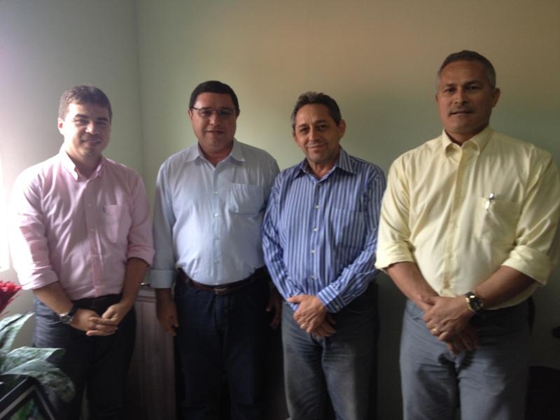 Biné, Juran e Roberto Bandão - Reitor do IFIMA.