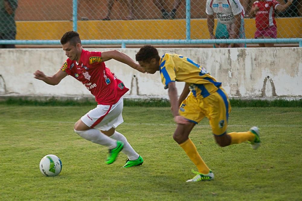 lateral Rômulo deu maior poder ofensivo ao sergipe ( Foto Gleyson Prado)