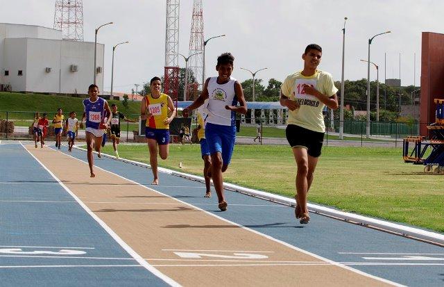 Foto 3 - Atletismo nos JEMs