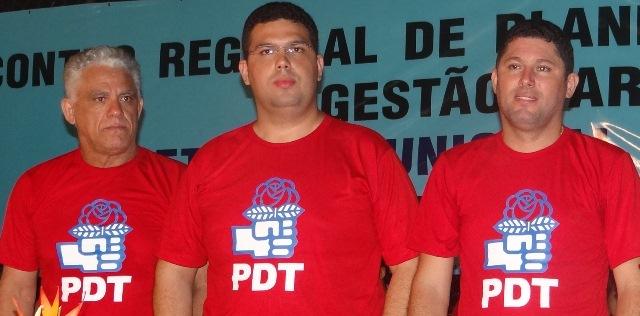 O trio que manda e desmanda em Dom Pedro, Dedé e os filhos Fábio e Hernando Macedo