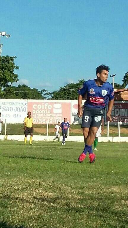 Jairo Gladioador marcou um dos gols de São Domingos