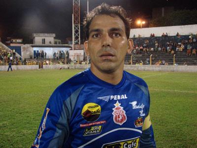 Rodrigo Ramos volta a vestir a camisa do Imperatriz