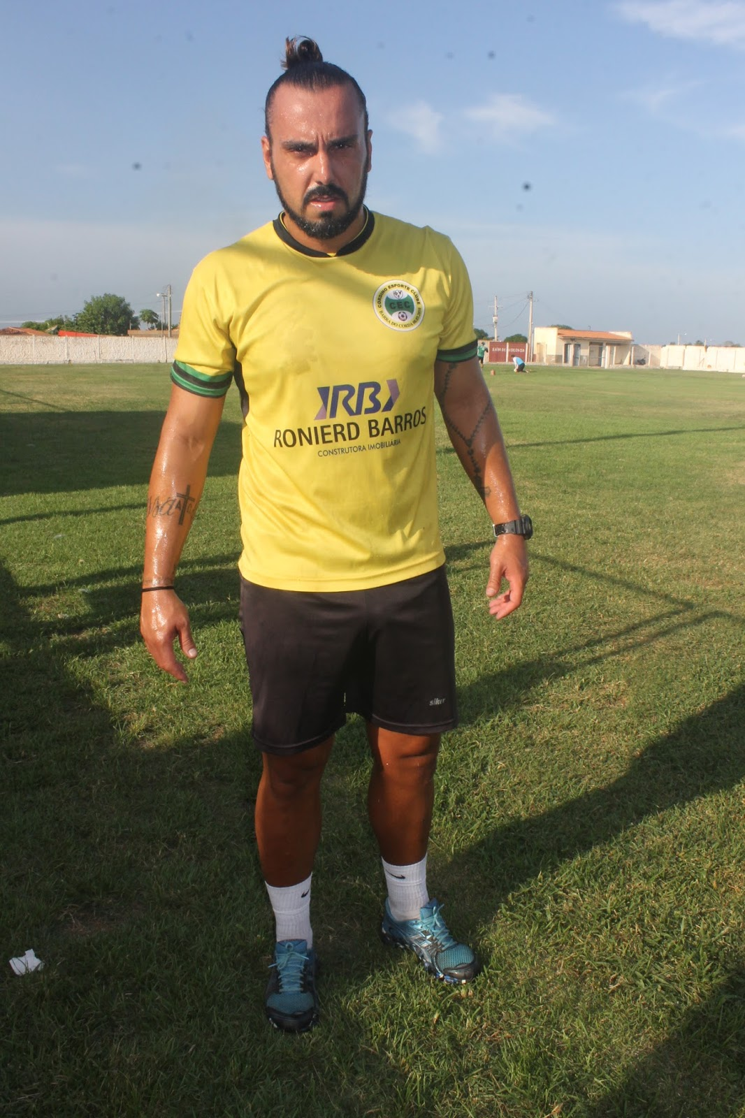 Eduardo Alves defendeu penalti e garantiu a vitoria