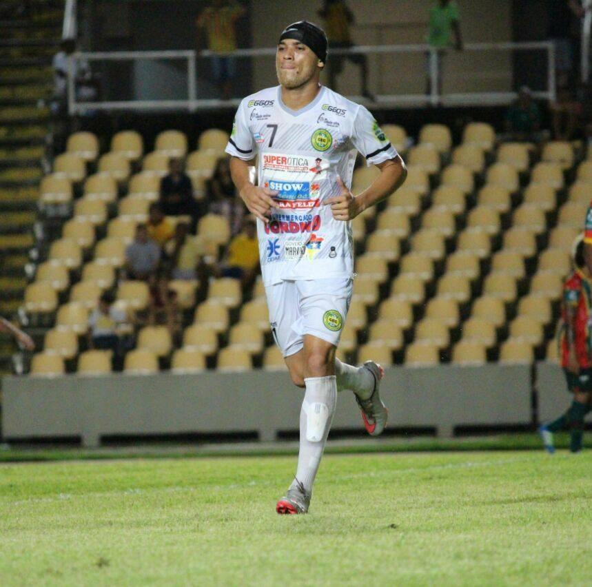 Alisson, autor do gol de empate do Cordino.