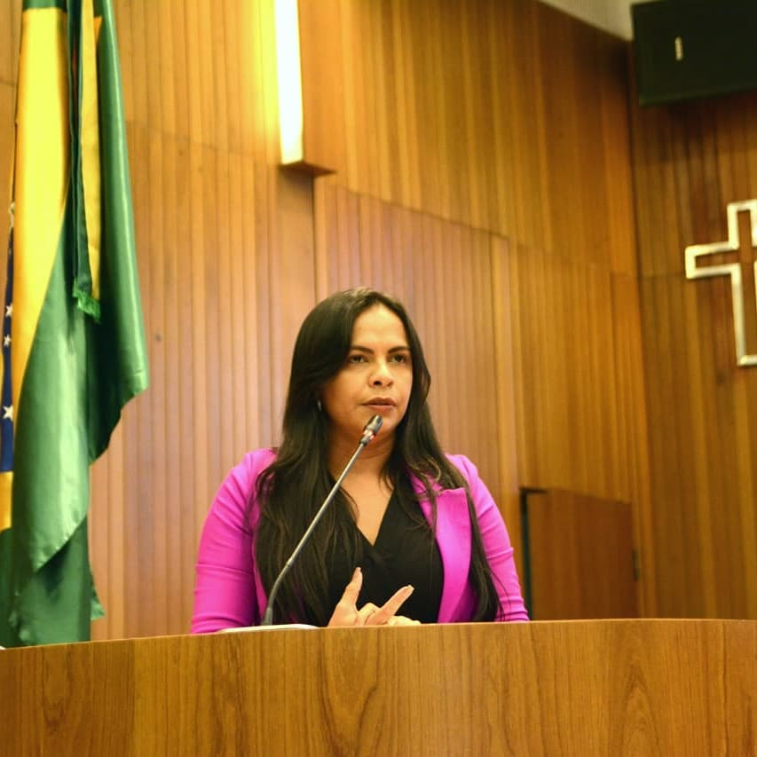 9a94a921c Deputada Ana do Gás pede a Construção de um Centro de Hemodiálise em Presidente  Dutra.