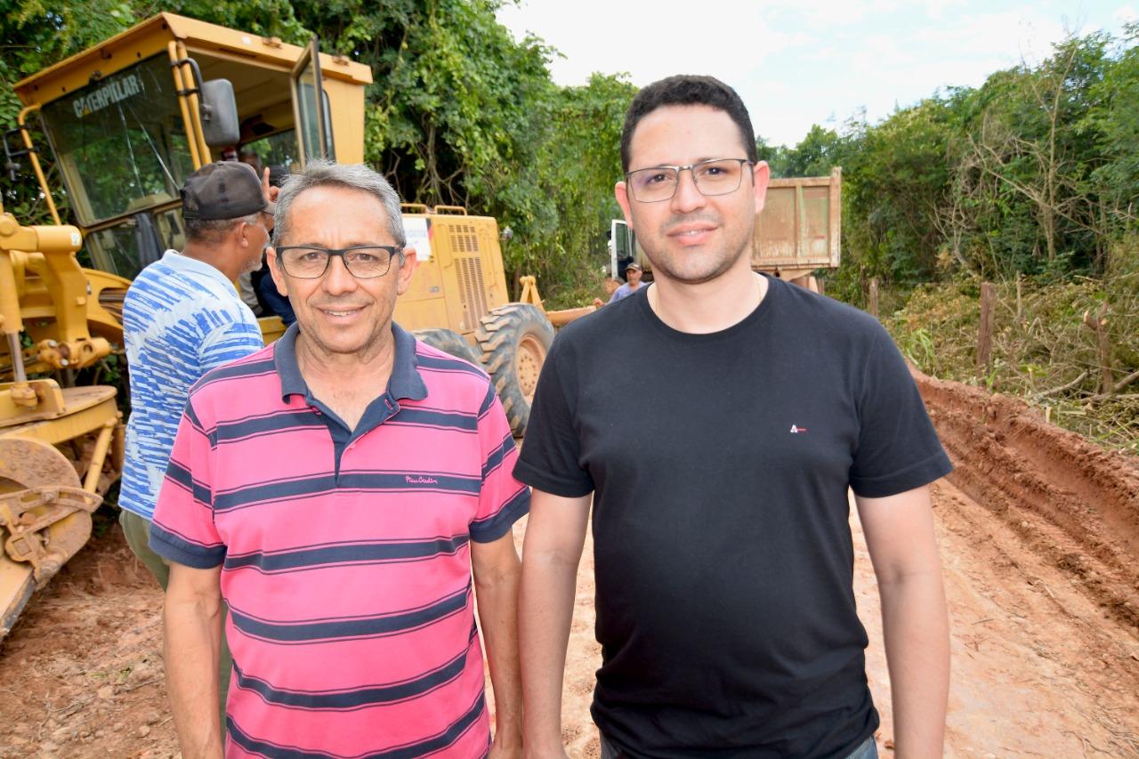 40169256e Nos últimos anos, moradores dos Povoados Massapê (Presidente Dutra) e Lagoa  da Cruz (Gonçalves Dias) passavam por dificuldades ao se deslocarem até ...