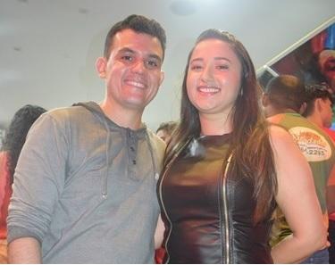 7d85612d5 Samylle Medeiros e o marido Everson Veloso, vice-prefeito de Pedreiras
